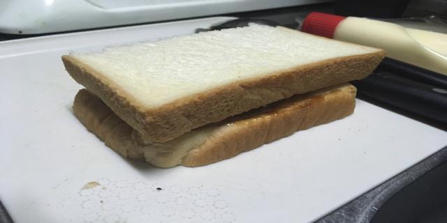 パンを重ねたときの写真