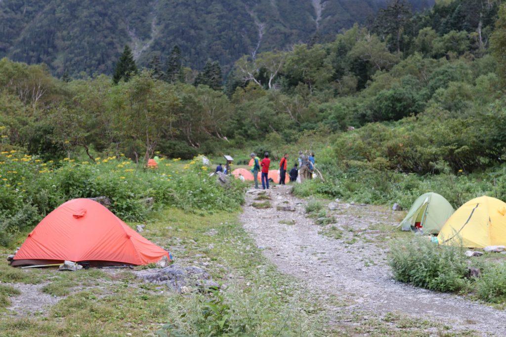 白根御池小屋テント場の写真